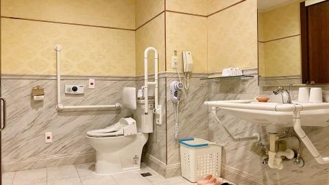 米堤長青房浴室1